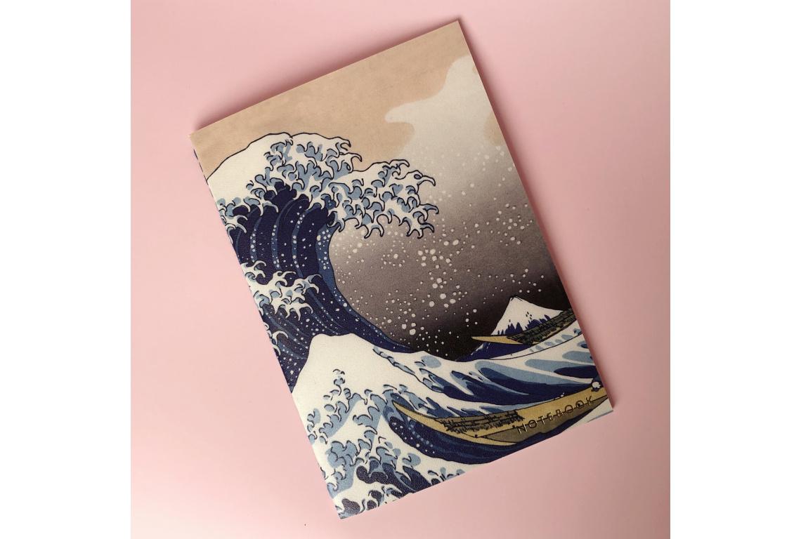 Тетрадь нелинованная Hokusai А5 24 л 90 г скругленные края бумага слоновая кость сшивка.