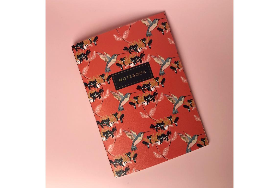 Купить Тетрадь в клетку Hummingbird А5 24 л 90 г слоновая кость, сшивка, ламинация, Подписные издания, Россия