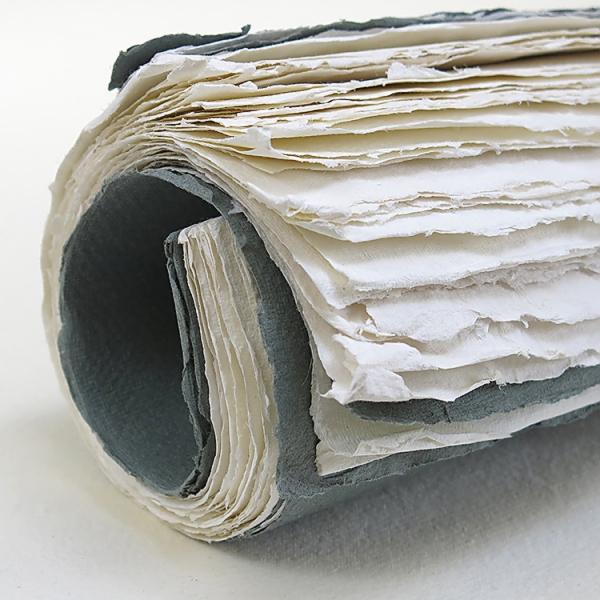 Купить Блок сшитый для акварели KHADI PAPERS 30х42 см 38 л 100 г 100% хлопок, крупнозернистая, без обложки, Индия