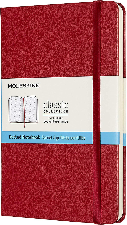 Записная книжка пунктир Moleskine Classic Medium 115х180 мм 240 стр. твердая обложка красная.