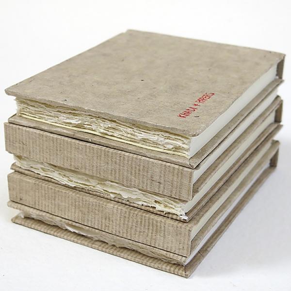 Купить Альбом для акварели KHADI PAPERS 13х16 см 32 л 210 г 100% хлопок, крупнозернистая, твердая обложка, Индия