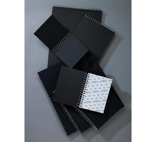 Блокнот для эскизов Winsor&Newton А3 40 л 180 г (черная бумага) на двойной евро-спирали фото