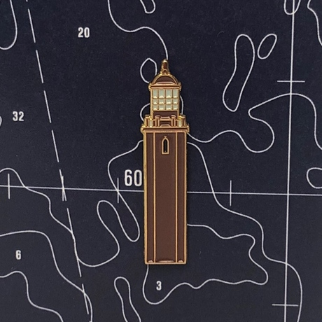 Значок эмалированный Маяк Большой Тютерс.
