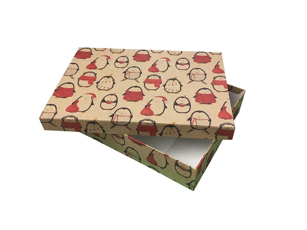 Купить Коробка картонная, прямоугольная 31х22х6 см Новый год Пингвины в теплом , Grand gift, Китай